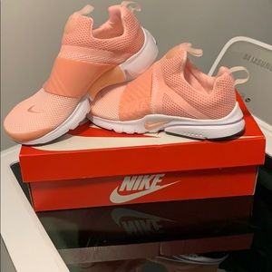 Nike Shoes - Youth Nike Presto Extreme size 5Y NIB